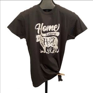 Home with my herd graphic t-shirt XL